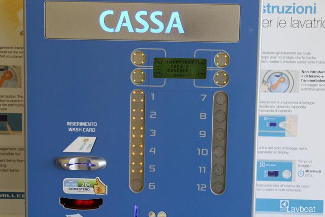 Istruzioni di lavaggio e asciugatura bucato lavanderia for Lavanderia self service catania